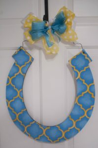 Horseshoe - Blue w Yellow Quatrafoil