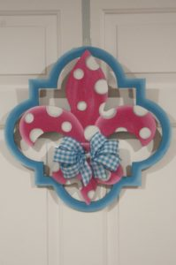Fleur di Lis - Quatrafoil Pink with Light Blue Border
